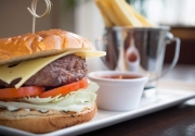Maldron-Hotels-burger