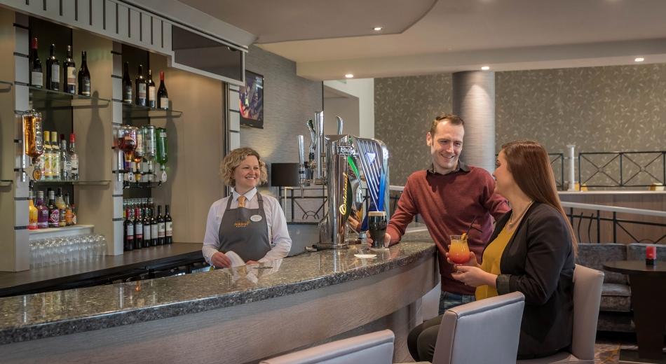 Bar-Maldron-Hotel-Belfast-International-Airport