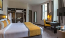 Maldron-Hotel-Shandon-Cork-City-Executive-Room-with-kingsize-bed