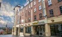 Maldron-Hotel-Derry-entrance
