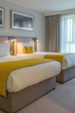 Maldron Hotel Twin Room Dublin