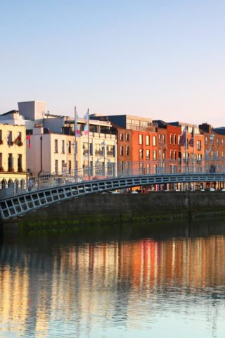 Hapenny Bridge in Dublin