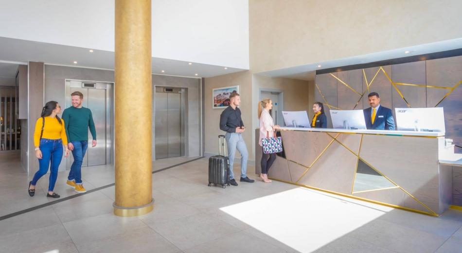 Reception-Maldron-Parnell-Square