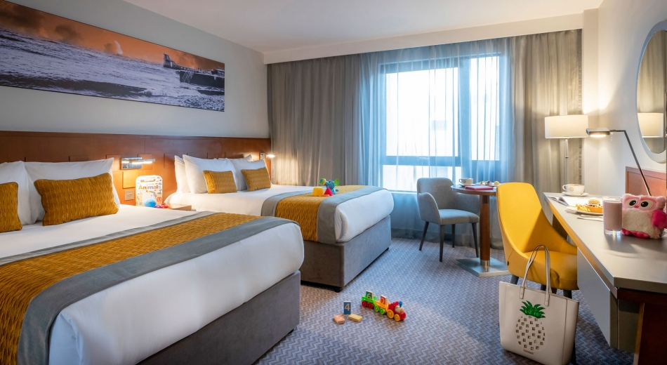 Family Rooms in Galway with 2 double beds and kids toys