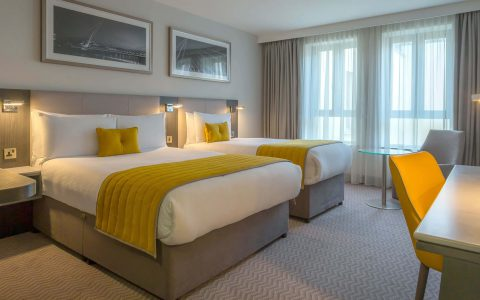 Maldron Hotel Twin Room Accommodation Ireland