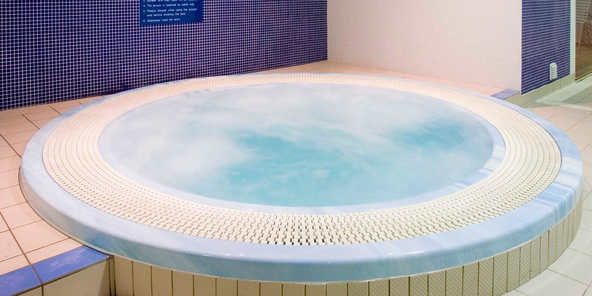 Jacuzzi in Limerick city leisure centre