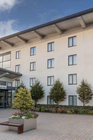 Maldron Hotel Portlaoise Exterior