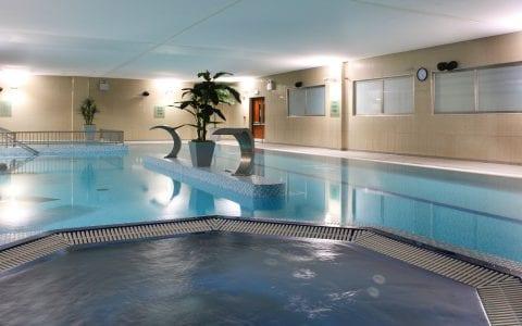 Swimming pool in Maldron Hotel Tallaght