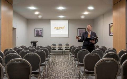 Maldron Hotel Cork meeting room