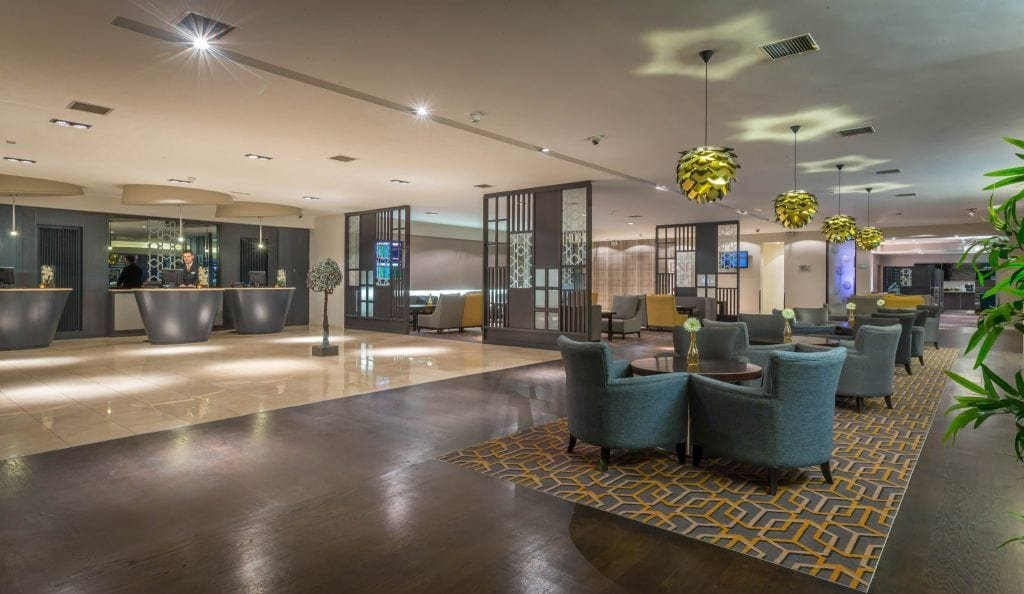 Maldron Hotel Dublin Airport lobby