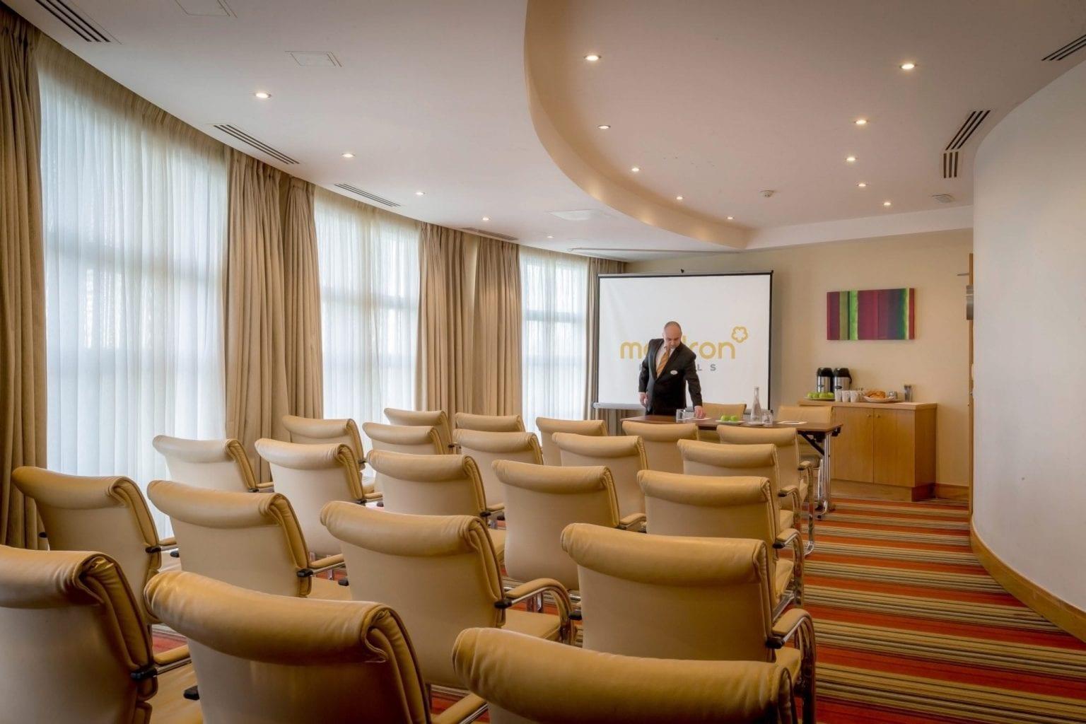 Limerick Hotel Leisure Centre Maldron Hotel In Limerick