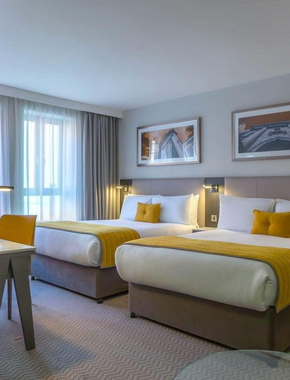 Maldron Hotel Pearse Street Dublin Double Double Room