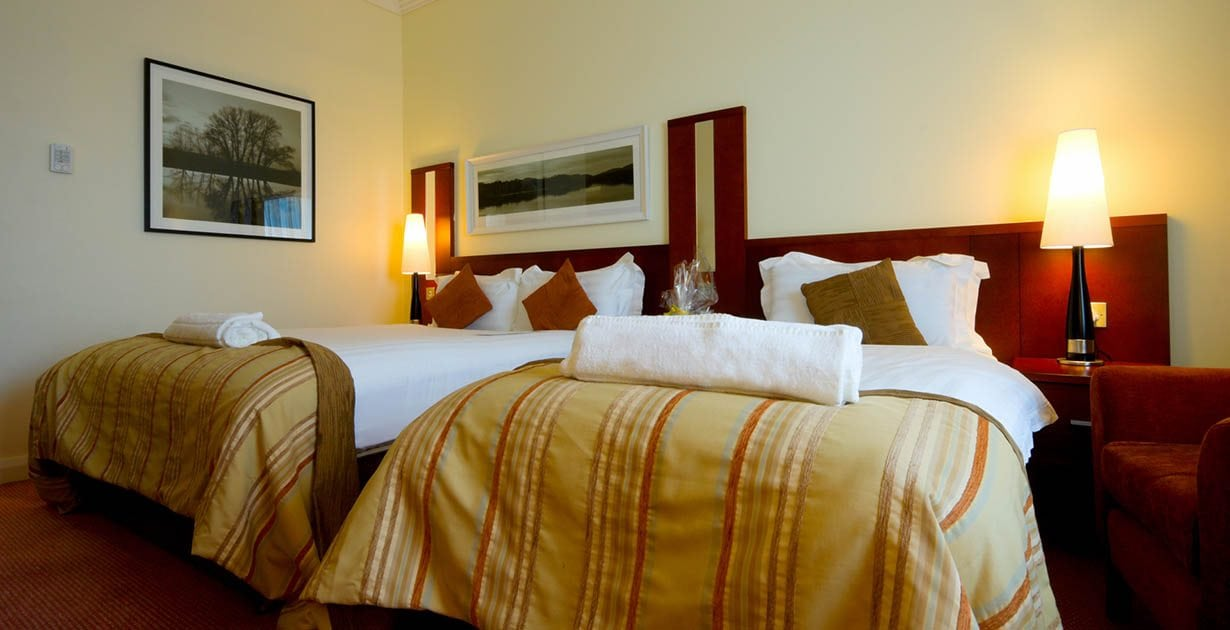 Shearwater-Hotel-Double-and-Single-Room