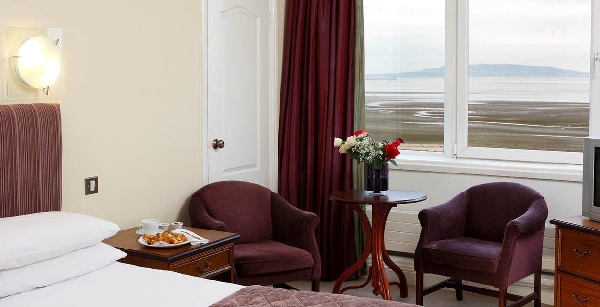 Tara-Towers-Hotel-Dublin-Front-Seaview-Double