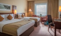 Twin-Family-Room-for-3-adults-sharing-at-Shearwater-Hotel