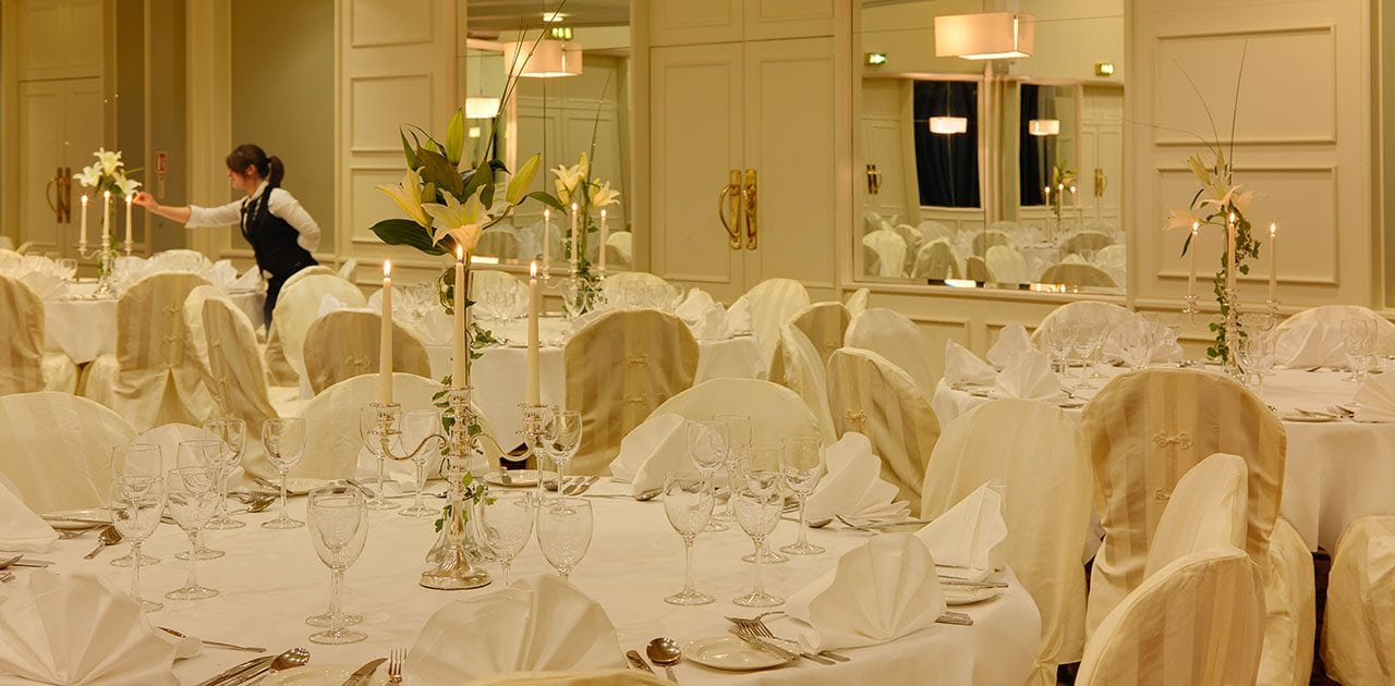 wedding-and-gala-celebrations-at-Ballsbridge-Hotel