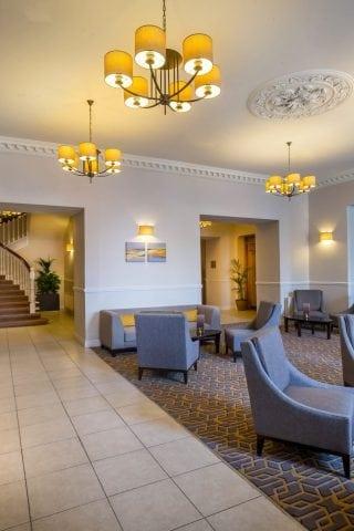 Maldron Hotel Cork lobby and reception