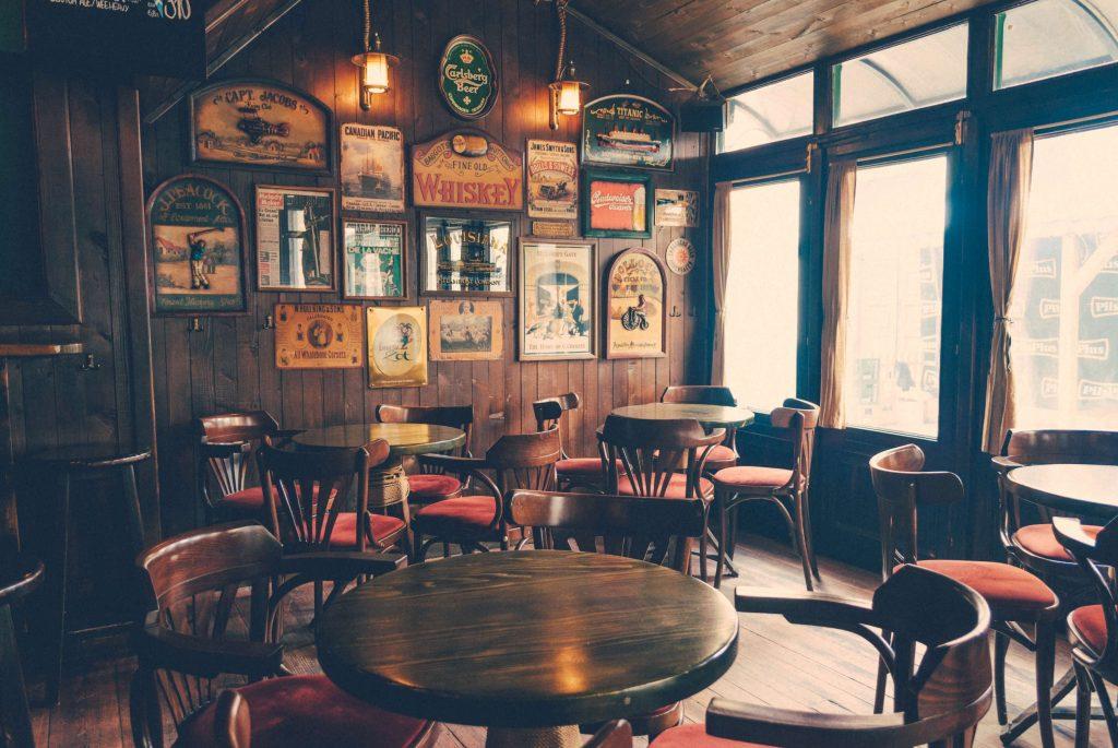 Irish traditional pub